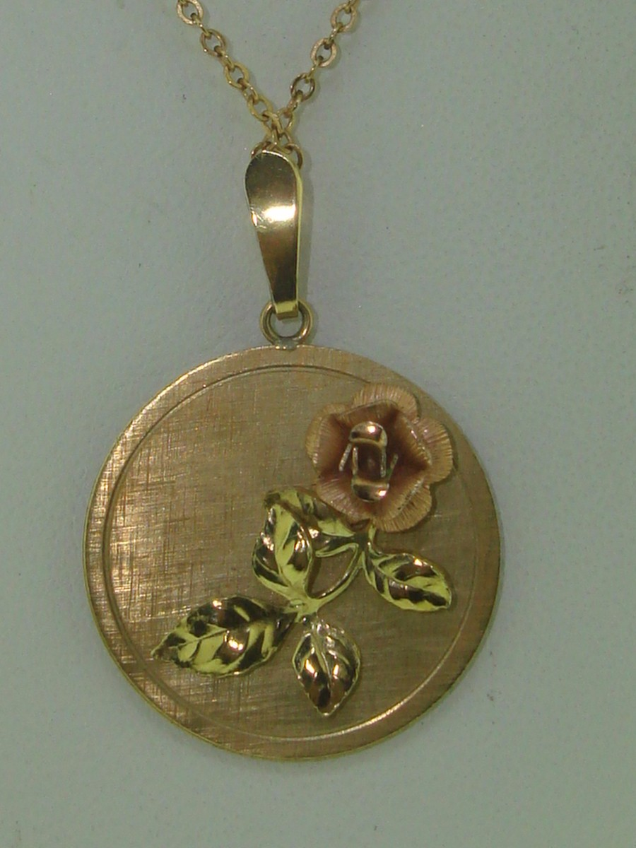Yellow Gold Filled Rose Pendant Necklace!